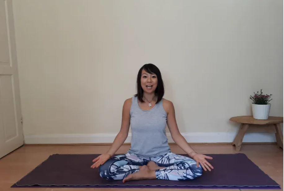 Gayatri Kriya – A 30 Minute Yoga Class to Start Your Day Energized!